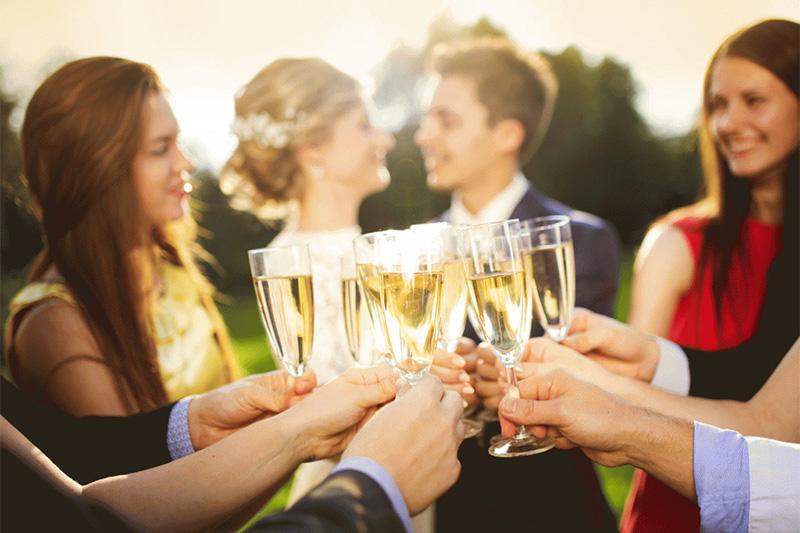 vestuvių fotografas pataria - taurių skambesys