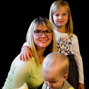 FOTOSTUDIJOJE - Šeimos ir vaikų fotosesijos